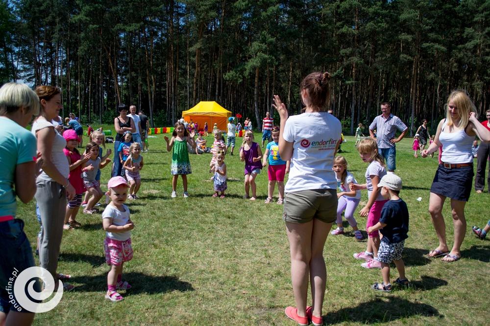 wspólne tańce animacyjne - prowadzenie imprez dla dzieci poznań, łódź, warszawa, kalisz