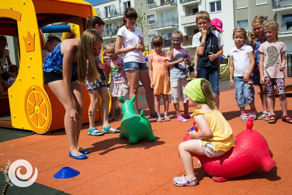 organizacja zabaw i atrakcji dla dzieci podczas imprezy firmowej
