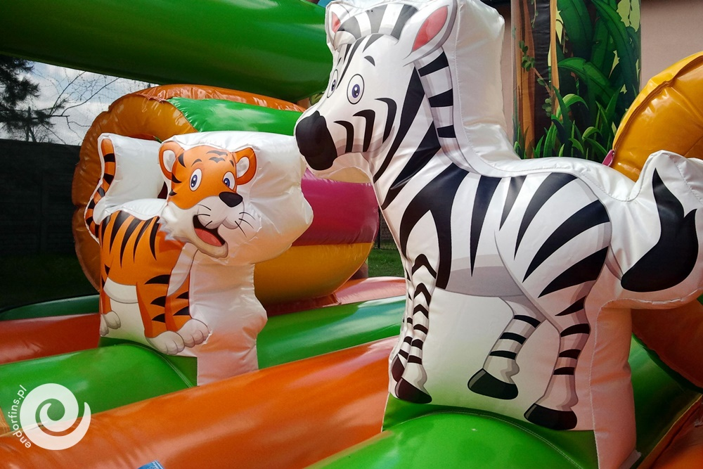 safari jest pełna niespodzianek w postaci toru przeszkód czy mini zjeżdżalni to prawdziwa uciecha dla dzieci