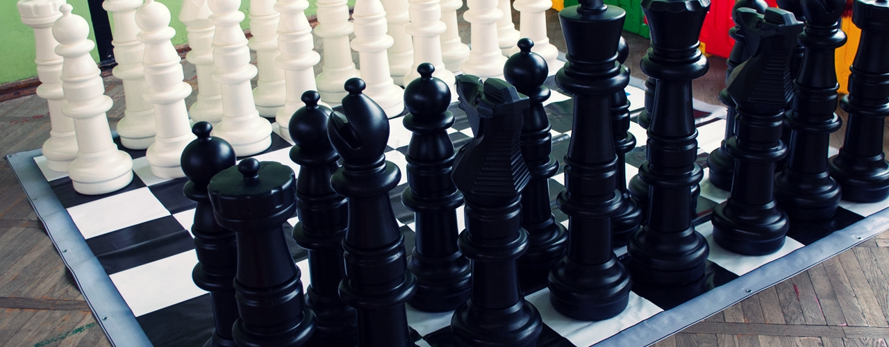mega szachy, duże szachy na pikniki firmowe