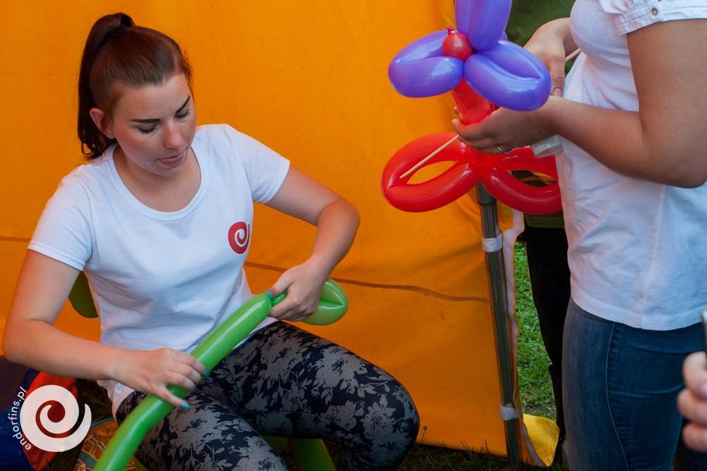 modelowanie balonów - skręcanie zwierzątek