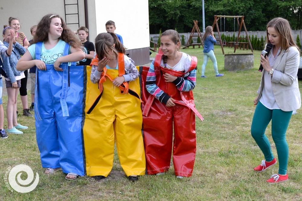 wyścigi w potrójnych spodniach, teambulding
