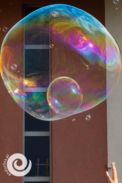 wielkie-bańki-mydlane-sieradz-organizacja-urodzin-dla-dzieci